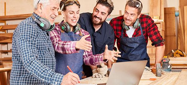 Annonsera och dessa kunder vid datorn hittar er